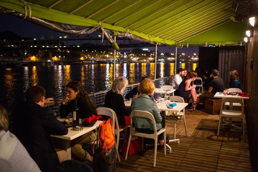 le-petit-bain-refugee-food-festival-paris-restaurant-refugiés