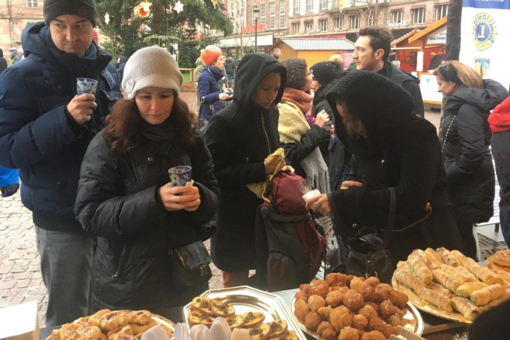 samoussa-soupe-pâtisseries-refugee-food-festival-strasbourg-marché-de-nël