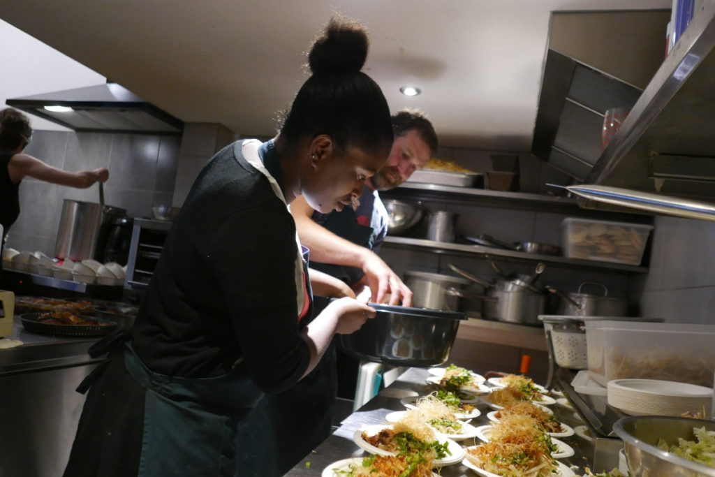 la-cirque-lille-restaurant-refugee-food-festival