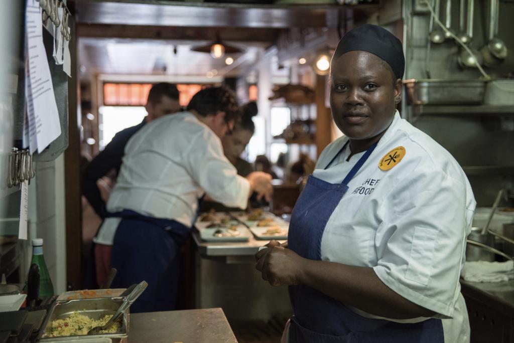 stephane_jego_restaurant_paris_l'ami_jean_refugee_food_festival_2017_chef_afousatou_soro