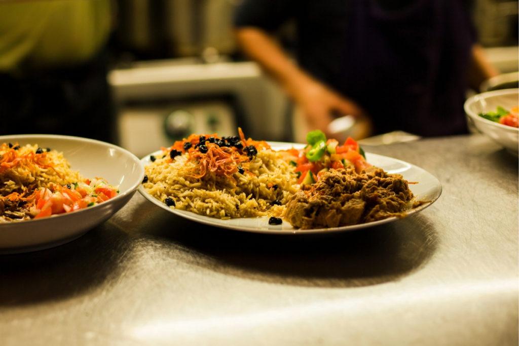 restaurant-marseille-grandes-tables-de-la-friche-refugee-food-festival